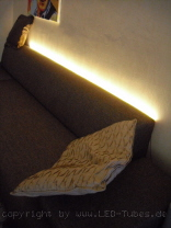wohnungs_led_stripe_sofa